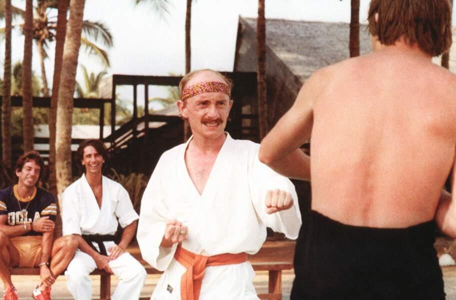 """Jean-Claude Dusse (Les bronzés) aurait-il mieux """"pécho"""" dans sa moustache, pourtant devenue culte"""