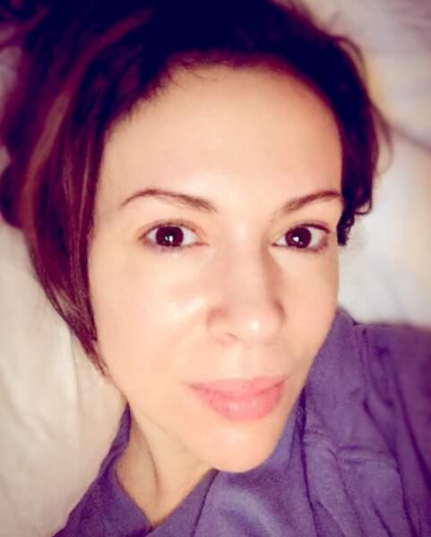 Alyssa Milano fête ses 44 ans avec un selfie sans maquillage !