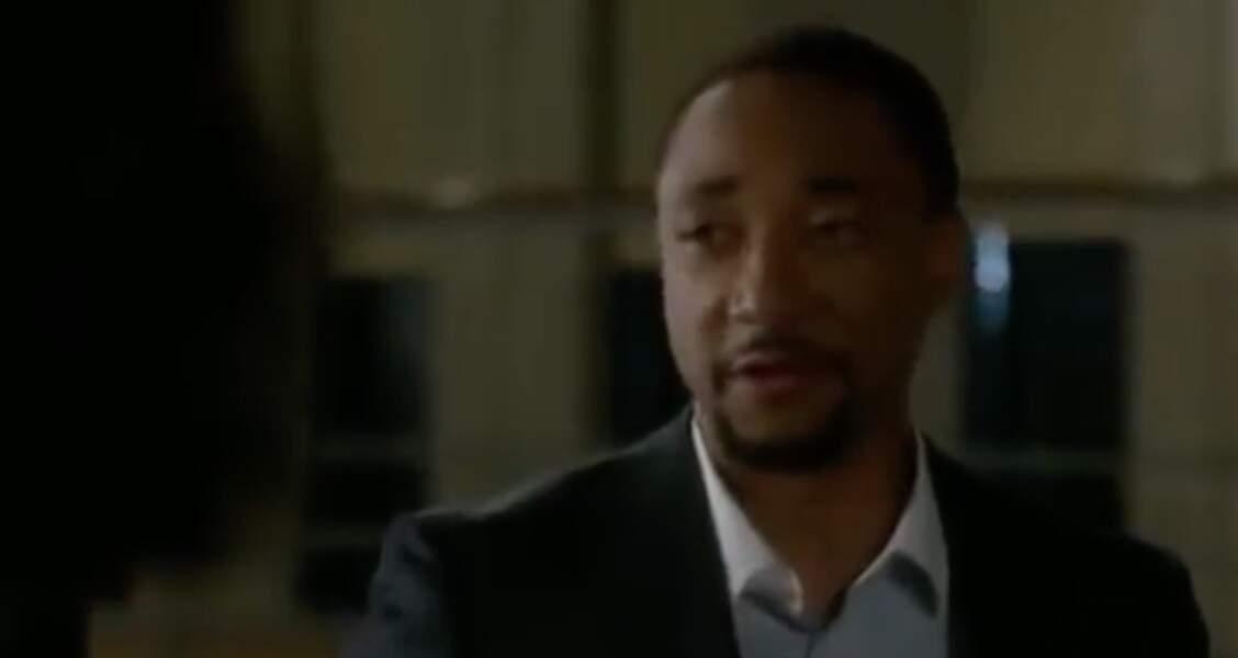 Damon Gupton (Stephen Walker) n'a pas fait long feu dans la série : il était présent seulement dans la saison 12. Depuis on l'a vu dans Black Lightning.