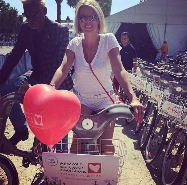 Sylvie Tellier en pleine séance de vélo !