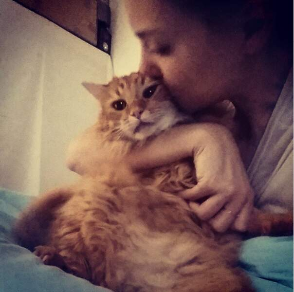 Et on termine avec Joy Esther, qui adore son chat,