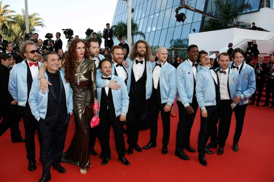 Toute l'équipe des Crevettes Pailletées était là pour fêter le succès du film