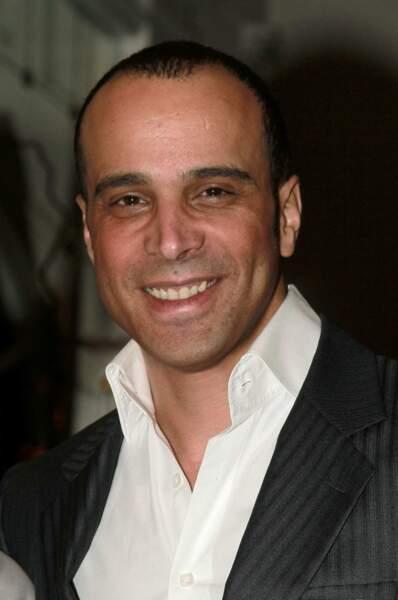 Adel Kachermi est aujourd'hui agent dans une société d'aviation privée et a créé sa boite de relations publiques