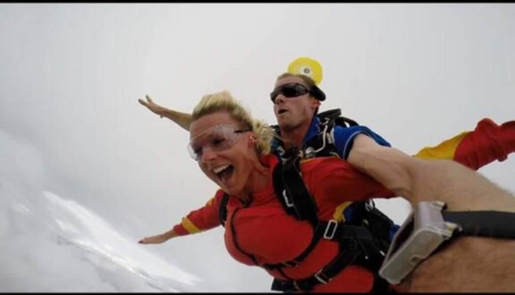 Shy'm aurait-elle copié Amélie Neten pour le saut en parachute ?