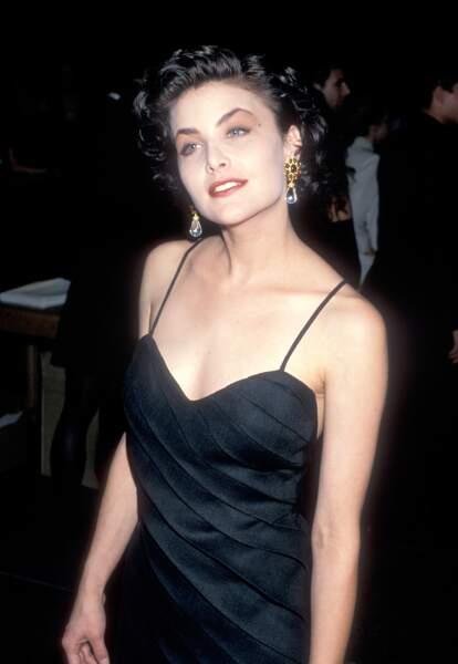 De 1986 à 1988, l'actrice Sherilyn Fenn devient la nouvelle petite amie de Johnny Depp