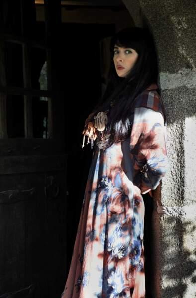 Pour la sortie de Bretonne, en 2010, Nolwenn opte encore pour le look bohème