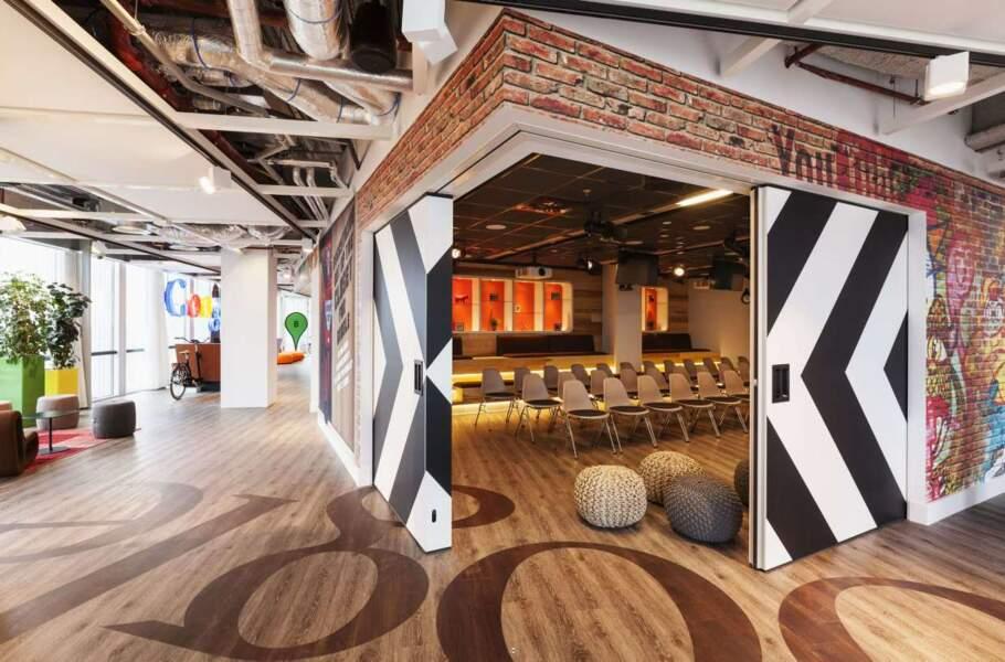 Toujours aux Pays-Bas : une salle de réunion au top de la tendance...