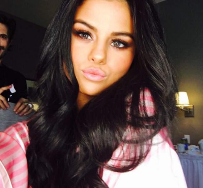 Selena Gomez glamour