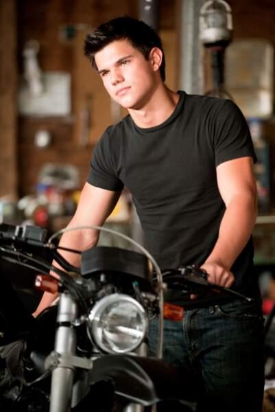 Taylor Lautner aura interprété le loup-garou à cinq reprises