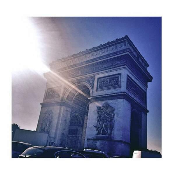 Pendant que Baptiste Giabiconi revisite Paris