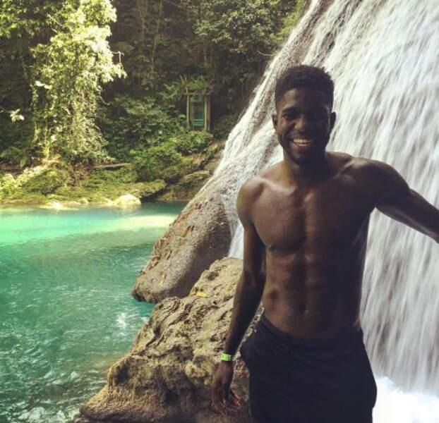 Le footballeur frenchy Samuel Umtiti en Jamaïque.