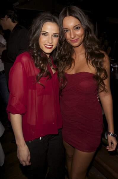 Duo de jolies brunettes avec Capucine et Laura Coll alias Sandra dans Hollywood Girls