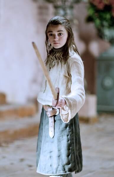 Dans la saison 1 de Game of Thrones, le public a découvert Arya et l'actrice Maisie Williams