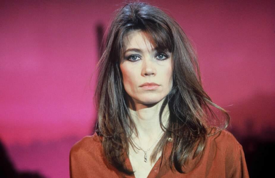 1980 : une de ses dernières apparitions avec les cheveux longs.