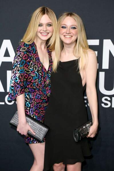 Jeunes mais stars mondiales : Elle, 18 ans, et Dakota Fanning, 22 ans.
