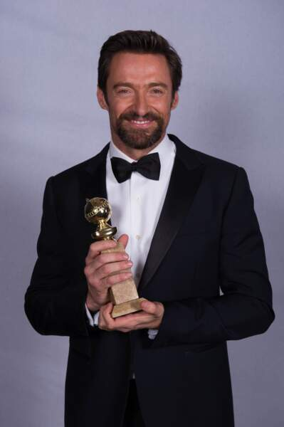 Hugh Jackman a rentré les griffes de Wolwerine pour recevoir le prix du meilleur acteur dans une comédie.