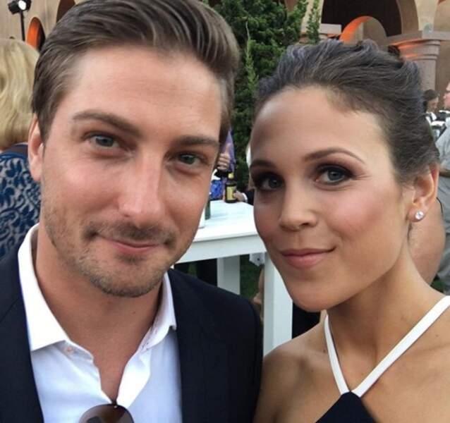 Erin Krakow est si proche de son partenaire, Daniel Lissing, que les fans se demandent s'ils sont en couple