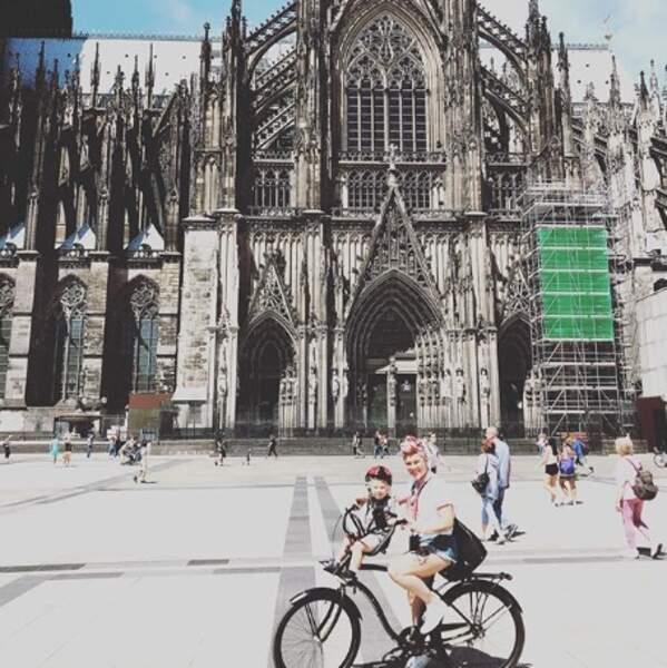 Tout roulait pour Pink et sa fille en Allemagne.