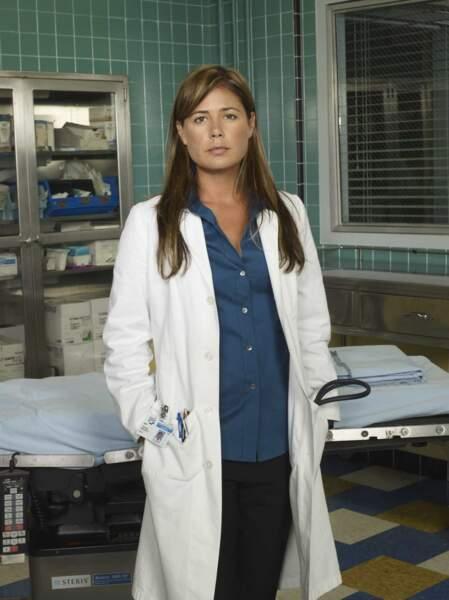 Maura Tierney dans le rôle de l'infirmière puis du docteur Abby Lockhart