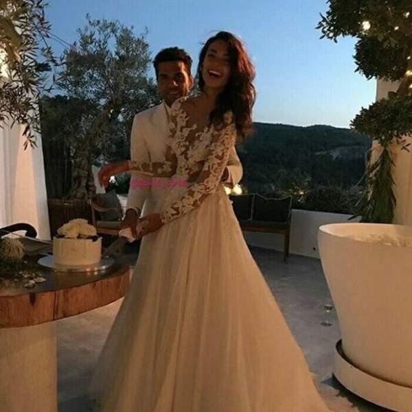 Ils se sont mariés en secret aux Baléares... Et Joana portait une somptueuse robe en dentelle