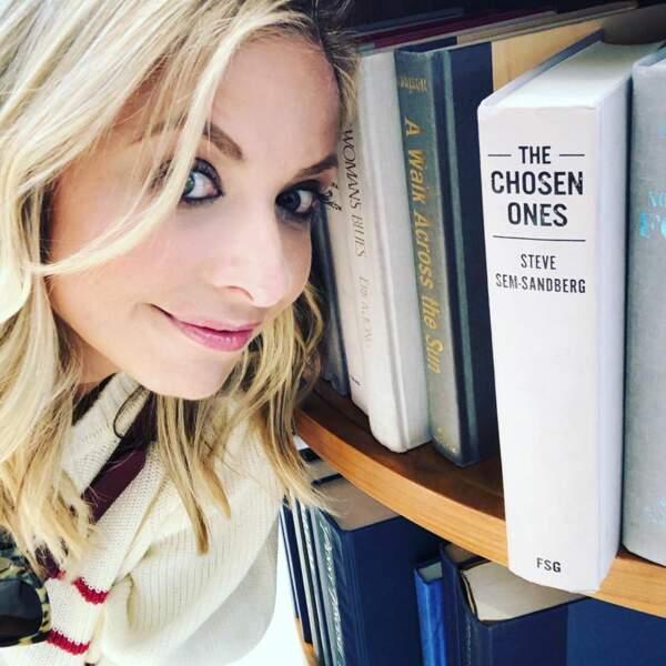 Sarah Michelle Gellar, elle, préfère jouer les rats de bibliothèque