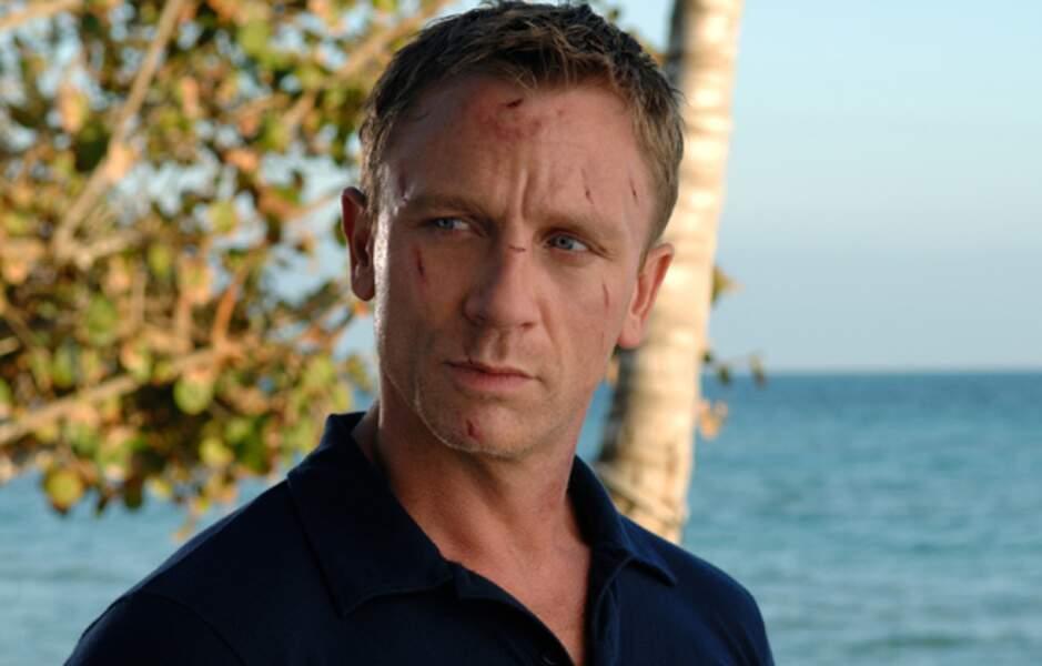 Daniel Craig, toujours dans Casino Royal, toujours tranquille, mais légèrement égratigné