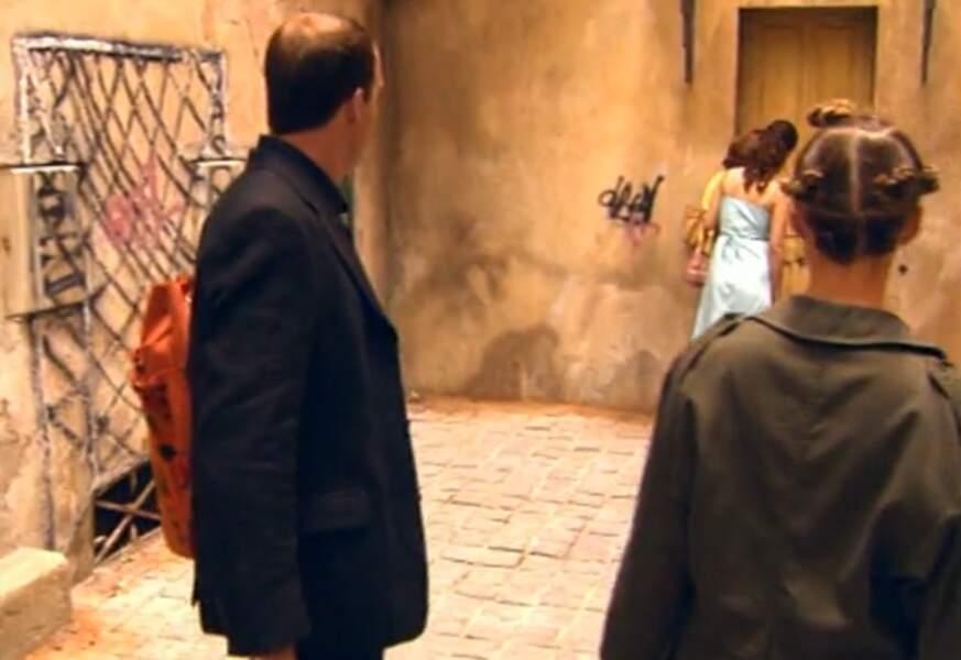 C'est le moment que choisissent Vincent et Ninon pour aller visiter le loft, au-dessus de chez Rachel.