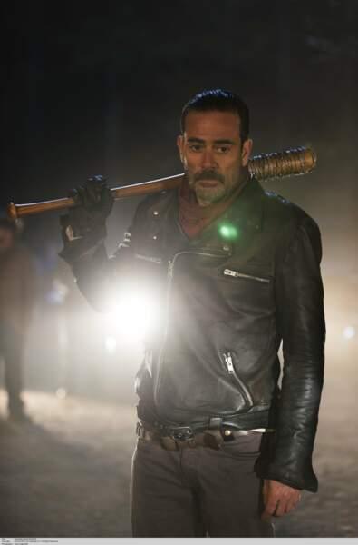 Les fans de The Walking Dead voient enfin arriver le grand méchant Negan