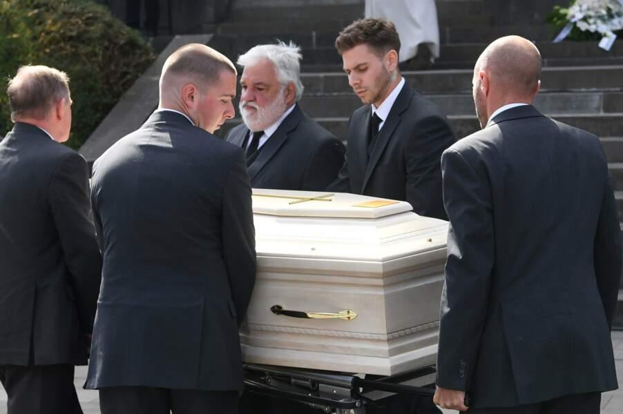 Le cercueil blanc de Maurane