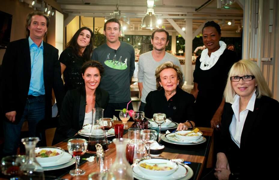 Alessandra Sublet et ses invités, notamment avec Bernadette Chirac dans C à vous (2009)