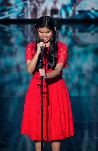 La chanteuse philippine Aliènette a tant ému le jury