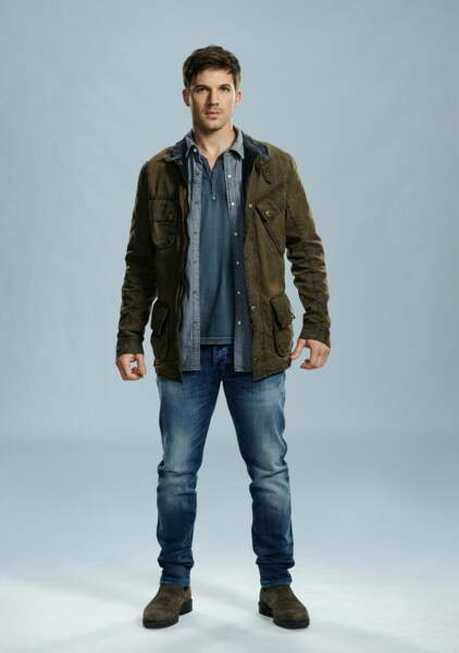 Matt Lanter joue le sergent-chef de la Delta Force Wyatt Logan