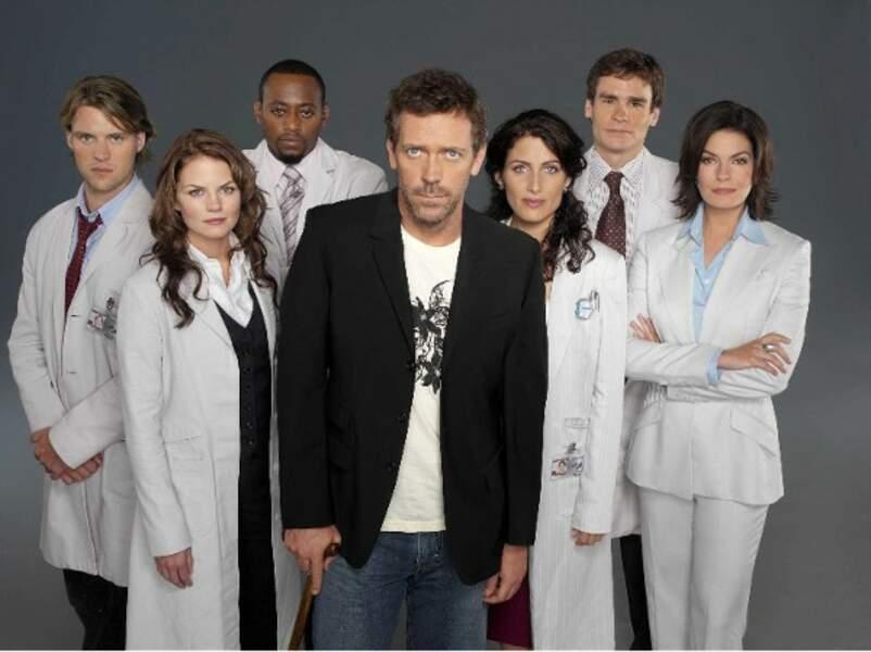 Le casting au complet de la première saison de Dr House. Pfiou ! Ça nous rajeunit pas !