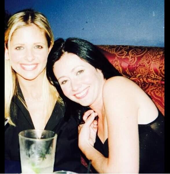 LA photo nostalgie de la semaine nous est offerte par Sarah Michelle Gellar et Shannen Doherty !