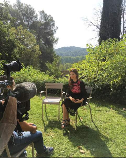 A l'aise pour la promo du film Cézanne et moi, à Aix-en-Provence