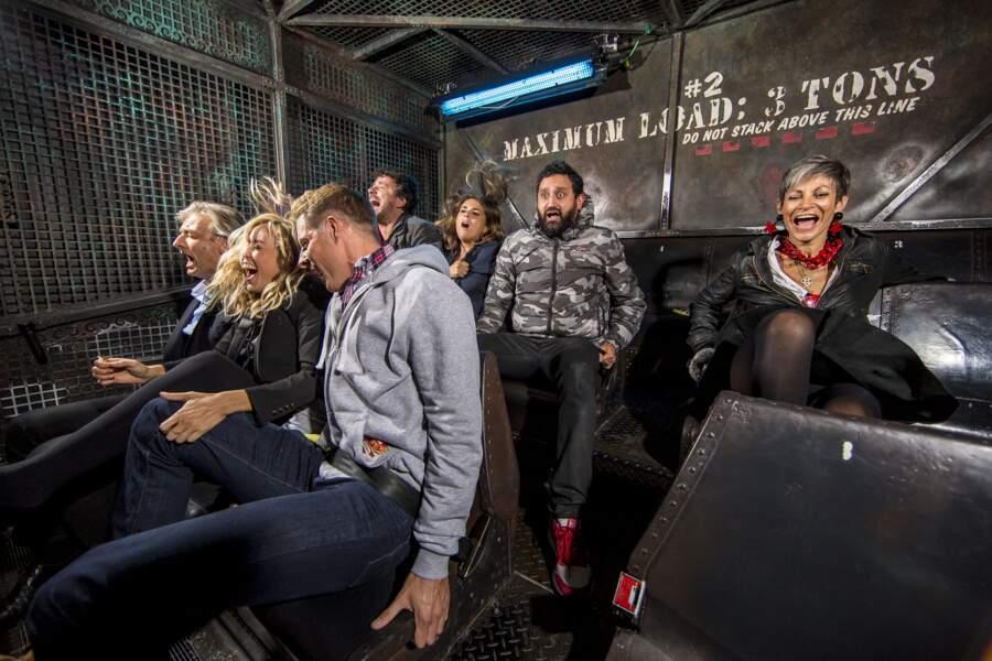 La joyeuse bande a même tenté la Tour de la terreur. Il n'y a qu'Isabelle Morini-Bosc qui semble en rire...