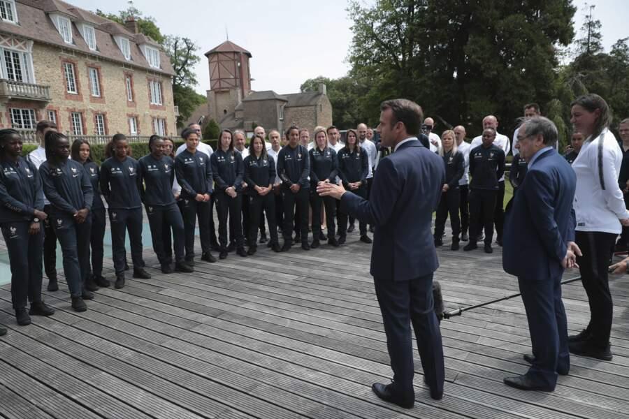 Son message, très fort, a été attentivement écouté par les joueuses de l'équipe de France
