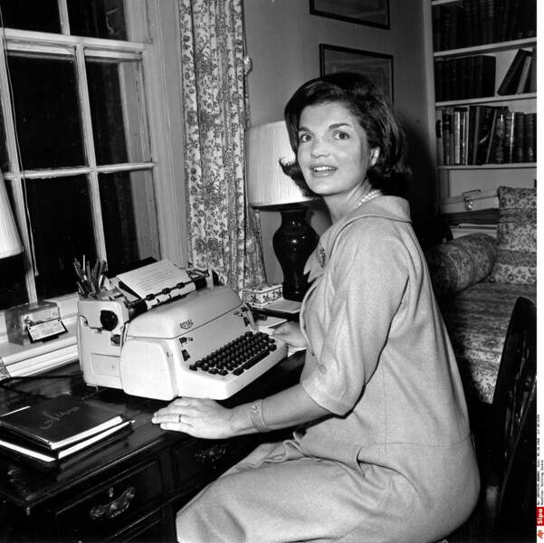 Jackie Kennedy a fait entrer le glamour, la jeunesse, le chic et l'élégance à la Maison Blanche