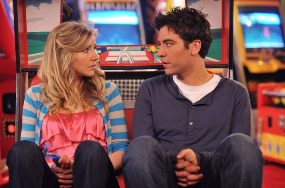 Ahhhh Stella (Sarah Chalke), le premier presque mariage de Ted...