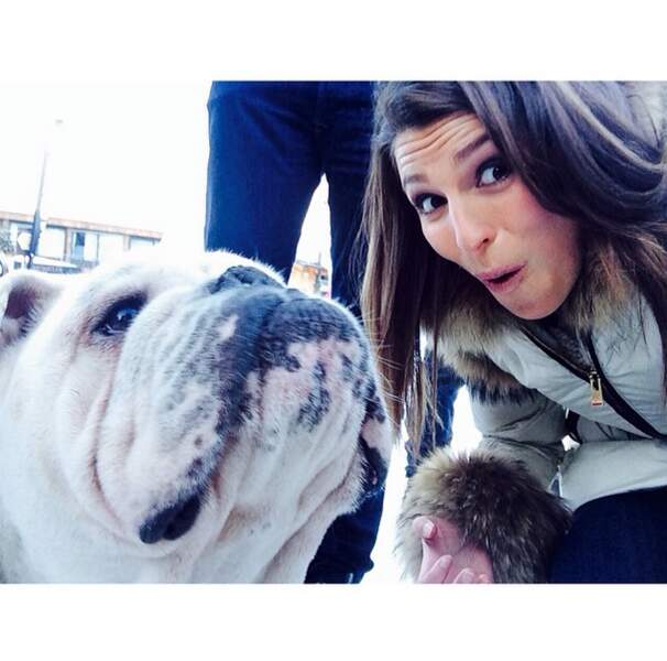 Et elle s'est même fait un nouveau copain. Encore un chien !!