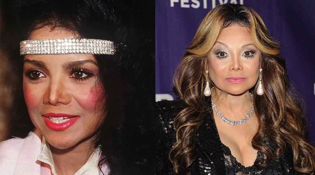 Mais la chirurgie rend aussi accro en famille. Latoya Jackson, soeur de Michael...
