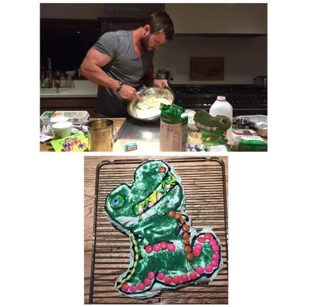 Chris Hemsworth blague pas avec les gâteaux d'anniversaire maison pour sa fille India.