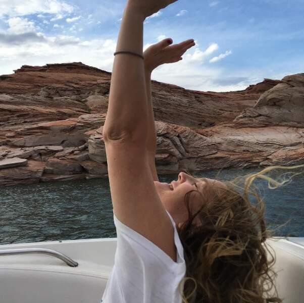 Drew Barrymore sur le Lac Powell.