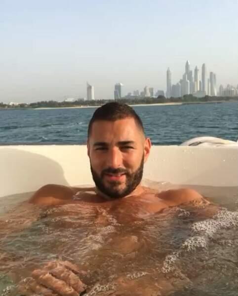 Sans doute stressé par son séjour aux Maldives, Karim Benzema est allé se détendre à Dubaï