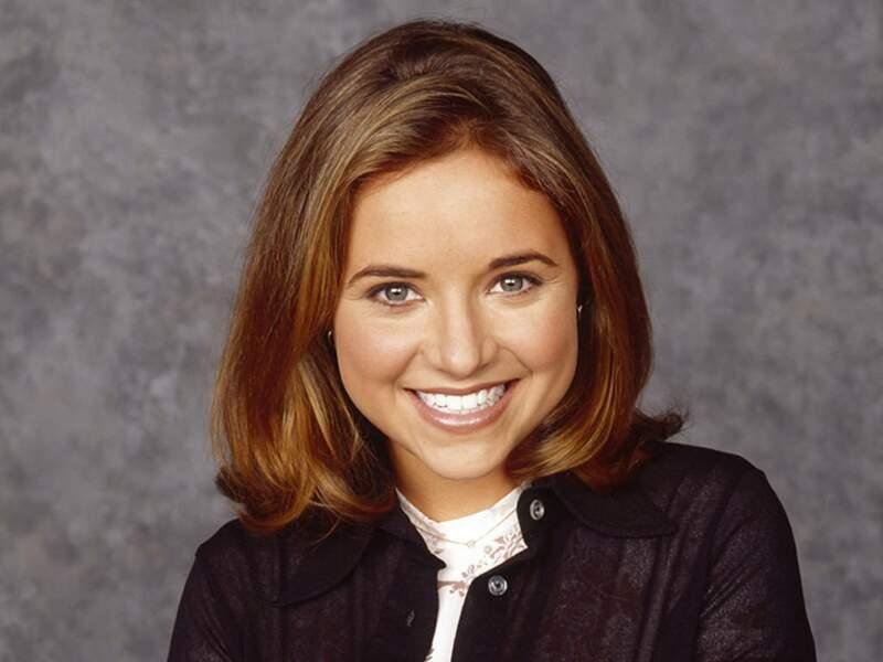 Christine Lakin campait le rôle de Al.
