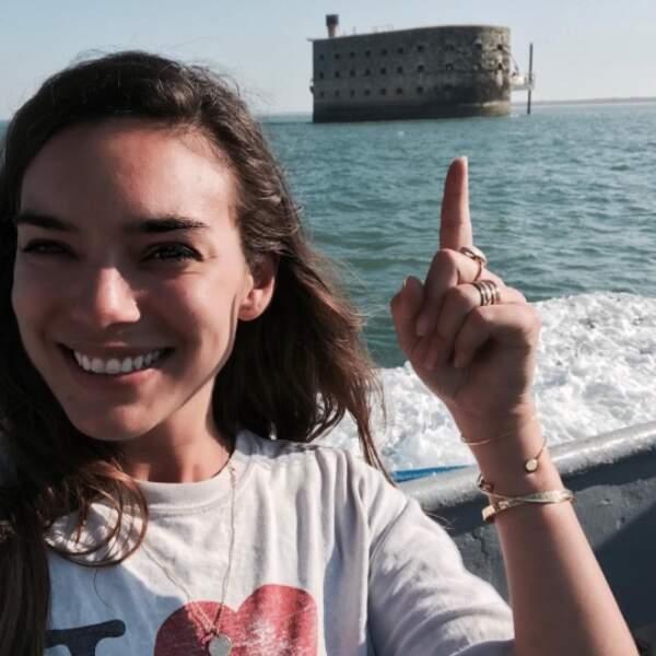 Alma est visiblement ravie de rejoindre le Fort !