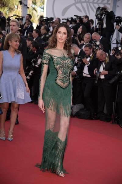 Non Frédérique Bel, ta robe n'est pas belle, désolé...