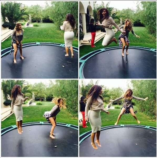 Et on termine avec la famille Kardashian qui s'éclate au trampoline