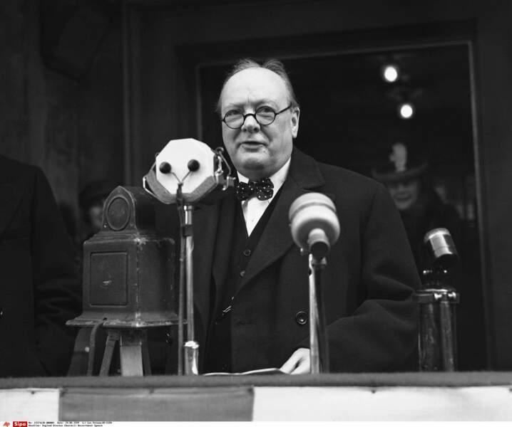 Après les élections de 1951, Winston Churchill redevient Premier ministre