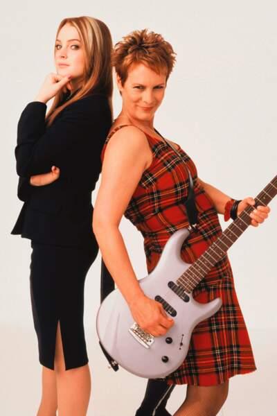 Une mère (Jamie Lee Curtis) se retrouve dans le corps de sa fille (Lohan) et vice-versa dans Freaky Friday (2002).